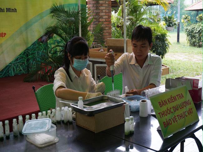 Khu vực kiểm tra dư lượng thuốc bảo vệ thực vật