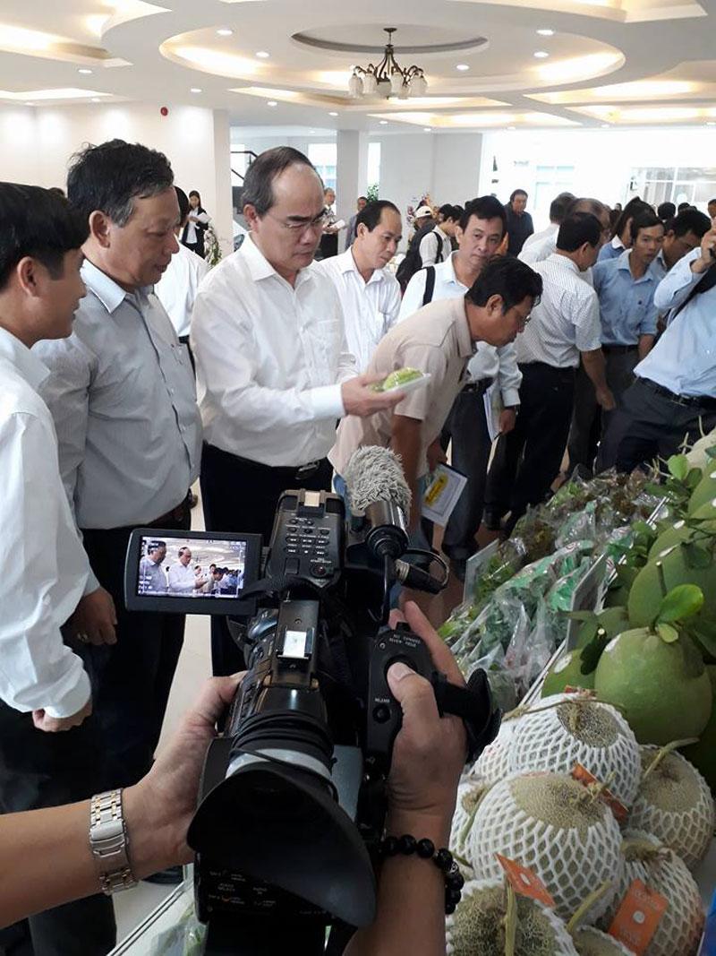 Hội thảo ứng dụng thành tựu khoa học và công nghệ trong việc phát triển giống cây trồng