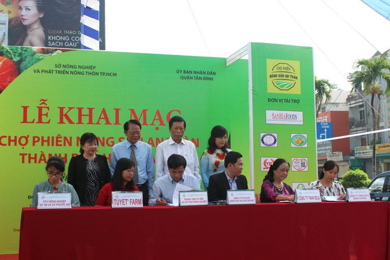 Khai mạc Chợ phiên Nông sản an toàn thành phố Hồ Chí Minh – Quận Tân Bình