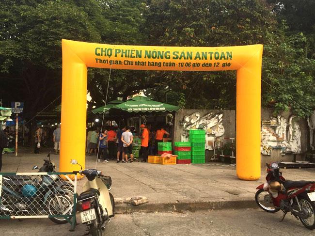 Chợ phiên Nông sản an toàn Thành phố Hồ Chí Minh tại Công viên văn hóa Lê Thị Riêng, quận 10
