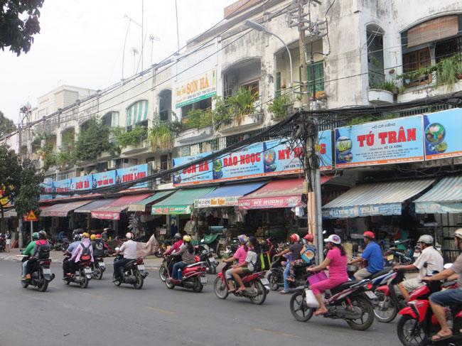 Phát triển thị trường cá cảnh thành phố Hồ Chí Minh
