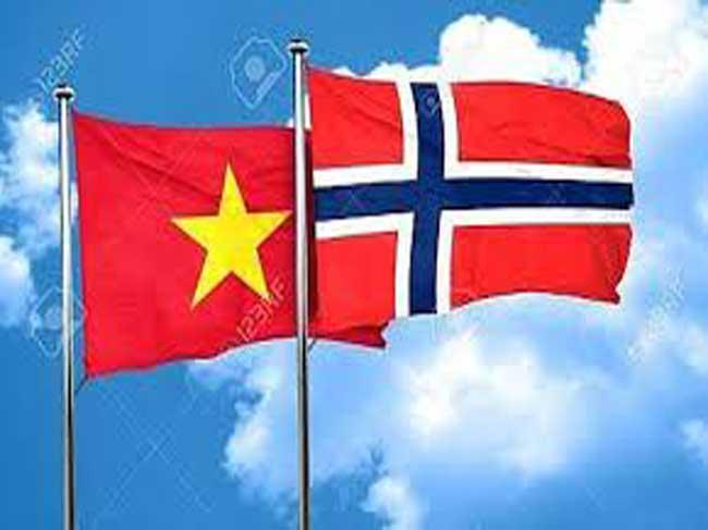 """Hội thảo """"Tăng cường xuất nhập khẩu vào thị trường Na Uy thông qua nền tảng thương mại điện tử"""""""