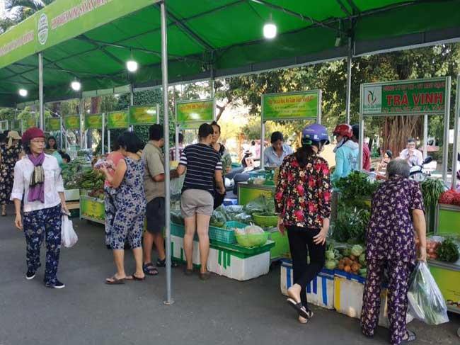 Mở rộng địa điểm tổ chức Chợ phiên Nông sản an toàn và Tuần kinh doanh sản phẩm VietGAP trên địa bàn thành phố năm 2019