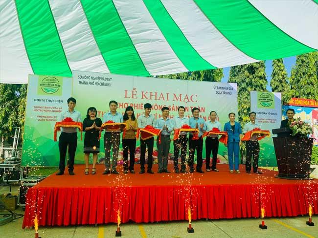 Khai mạc Chợ phiên Nông sản an toàn thành phố Hồ Chí Minh năm 2020 - Quận Tân Phú